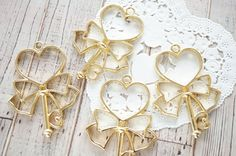 2 pcs Open Bezel Key Charm for Resin  (38mm52mm) Heart with Bow AZ526 by Candydecoholic on Etsy