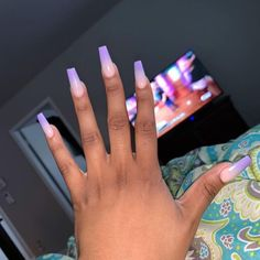 The advantage of the gel is that it allows you to enjoy your French manicure for a long time. There are four different ways to make a French manicure on gel nails. Claw Nails, Aycrlic Nails, Dope Nails, Stiletto Nails, Nails On Fleek, Coffin Nails, Hair And Nails, Cute Acrylic Nails, Acrylic Nail Designs