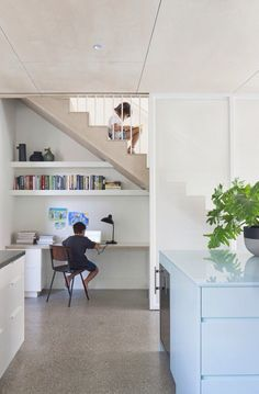 The communal kitchen study of Claire Cousins Architects Hertford Street House, photo by Shannon McGrath. Home Office Space, Home Office Design, Home Office Decor, Home Interior Design, Office Ideas, Office Workspace, Interior Architecture, Desk Space, Office Under Stairs