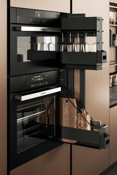 Modern kitchens made in Italy Arrital Arrital manufactures design modern kitchens made in Italy. Luxury Kitchen Design, Kitchen Room Design, Dream Home Design, Kitchen Cabinet Design, Luxury Kitchens, Home Decor Kitchen, Interior Design Kitchen, Home Kitchens, House Design