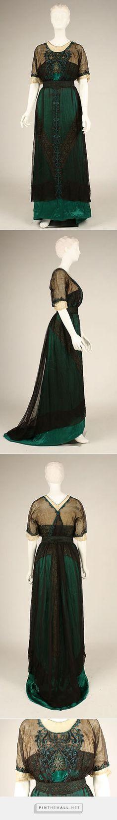 Dress ca. 1909 American   The Metropolitan Museum of Art