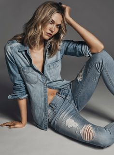 KARLIE KLOSS FLAUNTS HER MIDRIFF IN EXPRESS DENIM CAMPAIGN  Be featured in Model Citizen App, Magazine and Blog.  www.modelcitizenapp.com