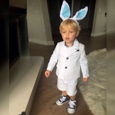 Pin for Later: Jaime, Kourtney, and Kate Shared the Cutest Pictures of Their Kids This Week!  Fergie admired the Armani Easter suit she bought Axl before he was even born.