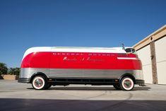 1940 G-M Futurliner bus retro transport concept Automobile, Art Deco Furniture, Car Humor, General Motors, Concept Cars, Hot Rods, Transportation, Trucks, Retro