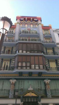 Art Deco in Valencia.