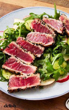 If it wasn't already obvious, the most important part of this seared ahi tuna steak salad recipe is the fish. Make sure you're getting quality sushi-grade Ahi Tuna—it tastes MUCH better raw than your average grocery store cut of tuna. Sushi Recipes, Seafood Recipes, Salad Recipes, Rice Recipes, Dinner Recipes, Ahi Tuna Steak Recipe, Ahi Tuna Recipe Healthy, Fresh Tuna Steak Recipes, Cena Formal