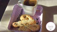 Κουλουράκια κανέλας νηστίσιμα! Χωρίς μίξερ- Evicita.gr Chocolate Belga, Biscuit Cookies, Chocolate Cookies, Biscuits, French Toast, Food And Drink, Breakfast, Cakes, Crack Crackers