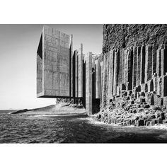 @SoudaBrooklyn / @hannespeer: nostalgic utopia|future archeology ©hannes peer architecture 'The field of vision is comparable, for me, to the terrain of an archaeological dig. To see is to be on...