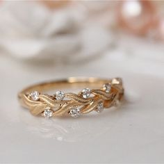 100 Best Non-Traditional Engagement Rings Emmaline Bride Beautiful Wedding Rings, Wedding Rings Vintage, Vintage Engagement Rings, Wedding Jewelry, Non Diamond Wedding Rings, Gold Wedding, Wedding Bands, Wedding Decor, Wedding Reception