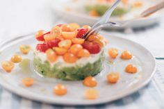 Easy Summer Lunch: Avocado Tartare - Oh La Latkes Avocado Toast, Ketogenic Diet, Lchf, Mozzarella, Cantaloupe, Paleo, Dinner, Fruit