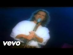 Ricardo Arjona - Se Nos Muere el Amor - YouTube