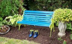 inspirasi warna kursi taman hijau biru