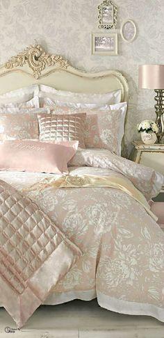 12 DIY Shabby Chic Bedding Ideas                                                                                                                                                                                 More #LuxuryBeddingIdeas