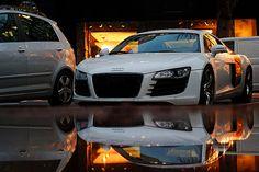 Audi R8 reflection