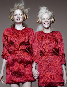 Conjuntinhos: renegados pela moda, eles voltam com tudo!http://abr.io/29tx    foto Gui Paganini