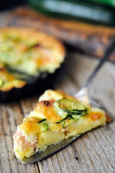 Quiche di patate e zucchine ricetta facile vickyart arte in cucina Potato Recipes, Veggie Recipes, Vegetarian Recipes, Healthy Recipes, Empanadas, Salad Cake, Brunch, Slow Food, International Recipes