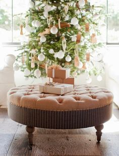 Elegant Christmas tree with white ball ornaments