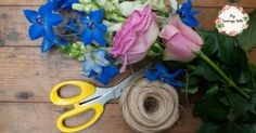 Too busy to take a flower arranging class - check out this review of FlowerStart the 4-week online flower arranging class