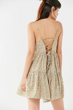 Slide View: 4: UO Harper Tiered Lace-Up Babydoll Dress