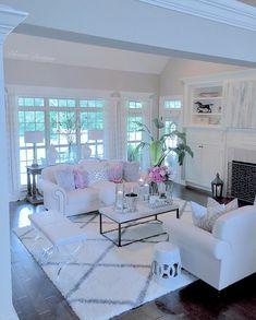 2018 Fall Decorating Ideas - Home Bunch Interior Design Ideas Living Room Decor Cozy, Elegant Living Room, Rugs In Living Room, Home And Living, Living Room Designs, Living Room Inspiration, Apartment Living, Home Furnishings, Interior Design
