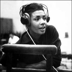 Shirley Bassey - Diamonds are forever (History repeating) Beats Rhymes And Life, Shirley Bassey, I Salute You, Cool Jazz, Music Icon, Beautiful One, Girl Crushes, Laughter, Diva
