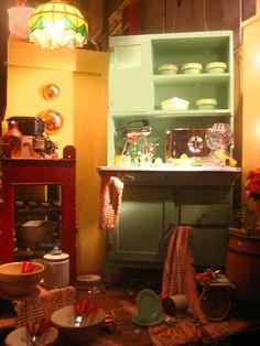 Vintage Kitchen Window Displays, Vintage Kitchen, Liquor Cabinet, Vanity, Windows, Mirror, Storage, Furniture, Home Decor