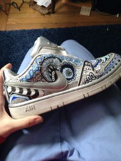 #doodle #whitenikes #sharpie #sneakers #zentagle #shoes #crafts