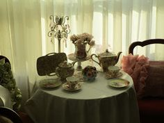 Karen's Cottage and Castle: More Chintz for Tea Time
