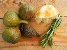 Nyers rozmaringos sárgabarackleves fügével Onion, Vegetables, Yogurt, Onions, Vegetable Recipes, Veggies