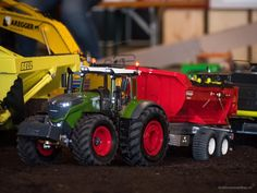 Offizielles Anbaggern 3.0. - Team Energy Switzerland 2017  #rctruck #rcmodeltruck #scale #swiss_rc_instagramer #funktionsmodellbaupin #funktionsmodellbau #swissrc #swissrcchannel #scalerc #scalerctruck #rcporn #rcscaletruck #modellbauer #rcmodellbau #farming #tractor #teamenergy #agriculture #landtechnik #fendt