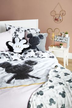 New Mickey& House collection from Primark is magically Disney Disney Diy, Casa Disney, Deco Disney, Disney Home Decor, Disney Dream, Disney Style, Mickey Mouse House, Mickey Mouse Gifts, Disney Mickey Mouse