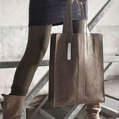 """""""My Paper Bag  lederen fairtrade tassen van #myomy die je nu ook bij ons kunt shoppen """""""