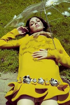 とことん春な60'sフラワーネイル|岡本静香のオフィシャルブログ「静香のメイク日記」Powered by Ameba