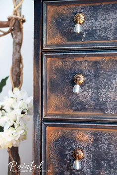 Have you used gilding wax on any of your makeovers yet? If not, I hope this makeover inspires you to give it a try! Today, I'm sharing a few of my how-to tips and techniques I've been using to create different looks with gilding wax. Hand Painted Furniture, Paint Furniture, Repurposed Furniture, Furniture Makeover, Refurbished Furniture, Decoupage Furniture, Chair Makeover, Furniture Refinishing, Bohemian Furniture