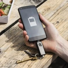Meet your new best friend the PulsePak Emergency Charger. All too well do we know the ultimate bane of every 21st century existence a dead phone. The number one
