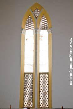 san benito de calatayud: ventanal de la cabecera