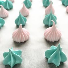 Meringue kisses Nectar And Stone, Meringue Kisses, Icing, Healthy Recipes, Instagram Posts, Desserts, Food, Design, Tailgate Desserts