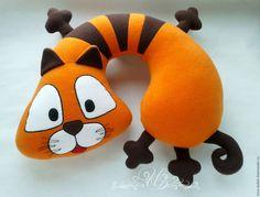 Купить Подушка-подголовник Кот Матвей - рыжий, оранжевый, подушка, подушка в автомобиль, подушка-игрушка