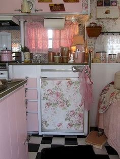 Camping Trailer Interior Shabby Chic 53 New Ideas Vintage Camper Interior, Camper Makeover, Shabby Chic Campers, Camper Living
