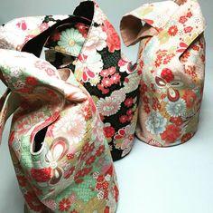 """Voici nos petits """"Knot Bags Japonais"""" fait maison! Trouver notre tuto pour le réaliser sur notre blog http://diydistrict.com/blog Bonne soirée :) #DiY #DiYDistrict #japan #bag #sac #handmade #faitmain #couture #followme #picoftheday #love #knotbag #cute #beautiful #fashion #tuto #style"""