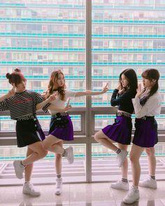 [Pristin] Yehana, Sungyeon, Xiyeon & Kyla