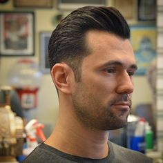 "oldschoolbarber: ""No product in this one. If you want great hair, you've gotta use a blow dryer. It also helps to have fantastic hair… (at Handcrafted Barbershop) """