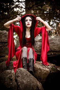 Lady Kat Eyes in red