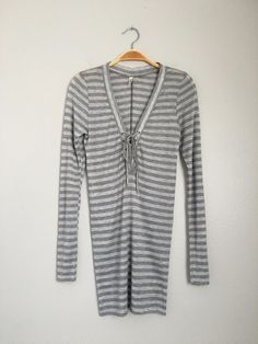 L'AGENCE Cute Sexy Casual V Neck Tie Long Sleeve Striped Tunic Top Shirt Grey XS #LAGENCE #Blouse #Casual