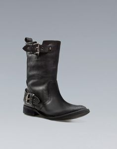 BIKER ANKLE BOOT WITH BUCKLES  - ZARA