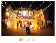 POWEL CROSLEY ESTATE, Wedding Photography, Limelight Photography, bride and groom, first dance, Sarasota, Florida