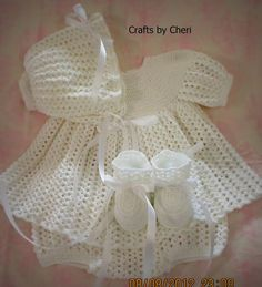 Cheri's Crochet Baby or reborn baby doll clothing or craftsbycheri: Crochet newborn baby dress, diaper cover, bonnet, and booties