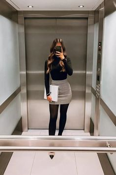 Casual Work Outfits, Business Casual Outfits, Classy Outfits, Stylish Outfits, Fashion Outfits, Short Pencil Skirt, Pencil Skirt Outfits, Moda Formal, Looks Chic