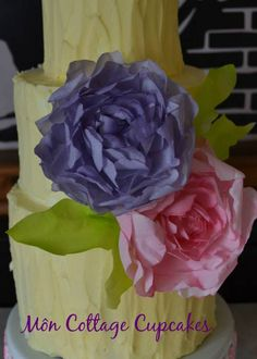 Wafer paper flowers #1: Wafer paper Peony - CakesDecor