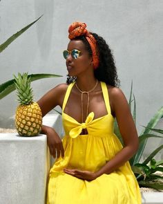 Custom hair care brand thats going to blow your hair out the water. Mexico Vacation Outfits, Tropical Vacation Outfits, Jamaica Outfits, Tropical Outfit, Cruise Outfits, Summer Outfits, Vacation Style, Cute Maternity Outfits, Pregnancy Outfits